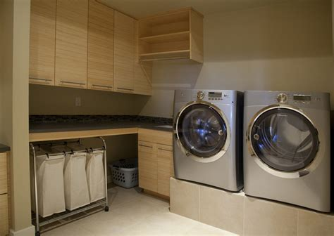 Discreetly Modern By Design Modern Laundry Room Modern Laundry Room Decor