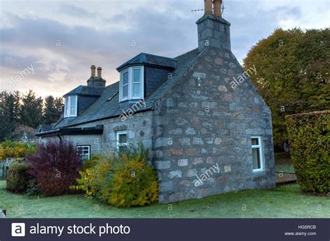 cottage scotland a typical scottish cottage in the highlands of