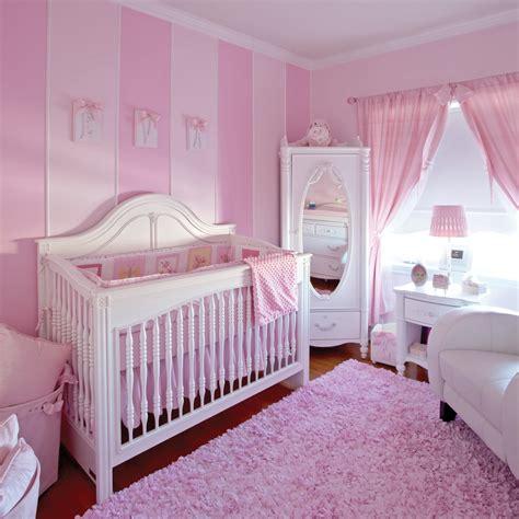 chambre de bébé fille photo deco gris et chambre fille