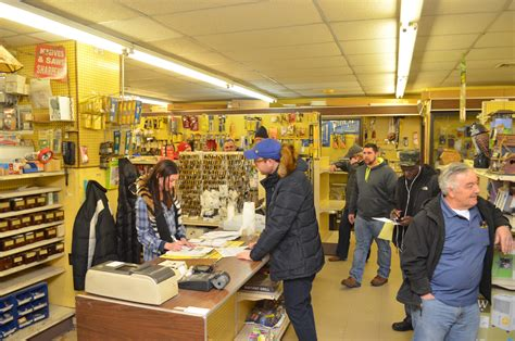 hardware store locks up for the last time herald