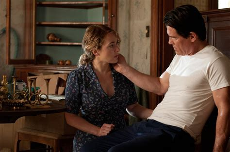 film romance mother movie review labor day surprisingly thoughtful