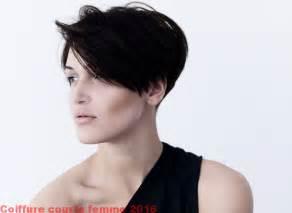 mod 232 le de coiffure courts pour femme 2017