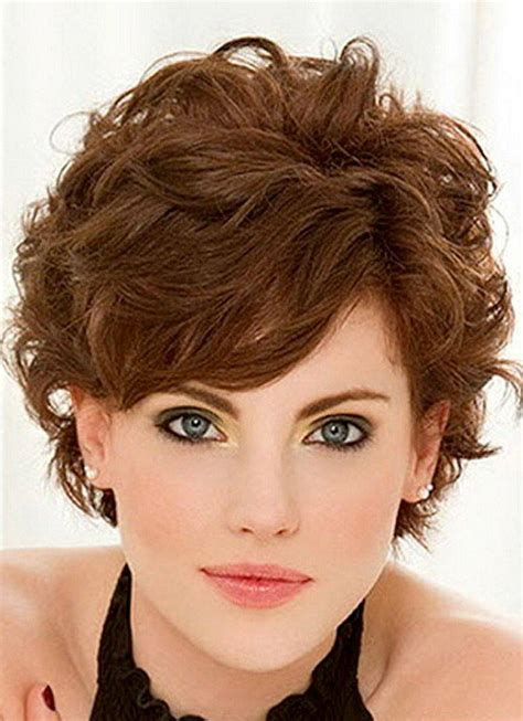 hair style ideas with slight wave in short short hairstyles with bangs for wavy hair hairstyles ideas