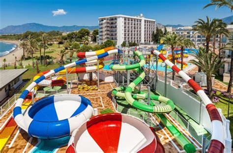 hotel in spanje met zwemparadijs met tieners tienervakanties