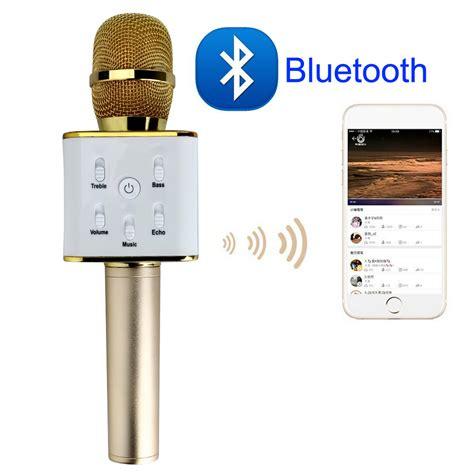 Wireless Mic Dan Hifi Speaker Q7 Microphone Speaker Portable wireless microphone hifi speaker electro gadgets