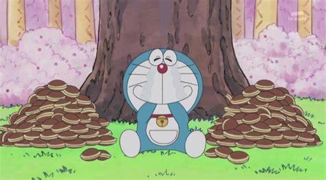 Itadakimasu Dorayaki devoured by doraemon pulled out of afros held sadly by