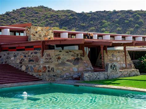 frank lloyd wright foundation 10 famous homes that aren t frank lloyd wright s