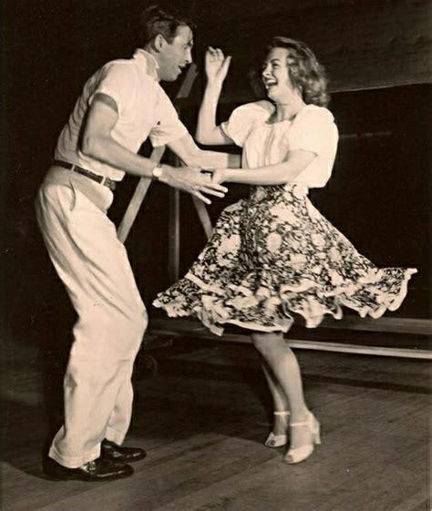 swing tänzer rockabilly kleider r 252 ckkehr zur 246 sen vergangenheit