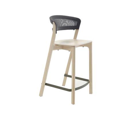 cafe bar stools cafe stool bar stools from arco architonic