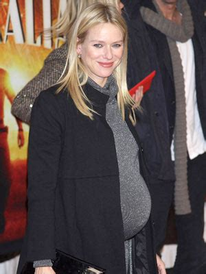 Rep Accidentally Confirms Watts Pregnancy by Watts And Liev Schreiber A Baby Boy Celebsnow