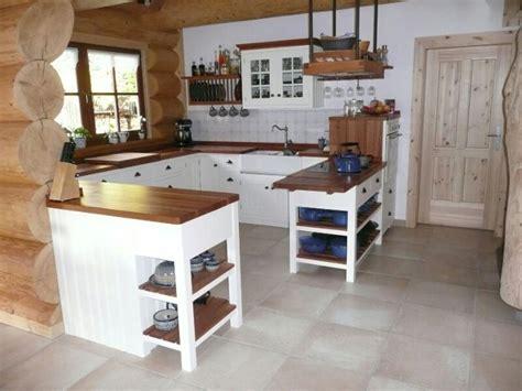wandfliesen küche landhausstil schlafzimmer einrichten planen
