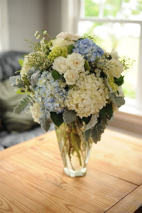 fresh centerpieces 25 best ideas about blue flower arrangements on