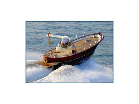 barche con cabina gozzo esposito 750 open con cabina baja in barcellona