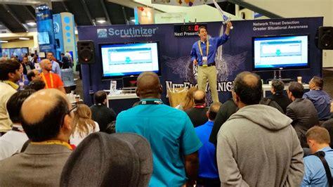 trade show presenter spark presentations spark trade show presenter shines for plixer at cisco live