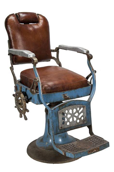 sillas de barbero antiguas  decoracion instrumentos  herramientas  la barberia
