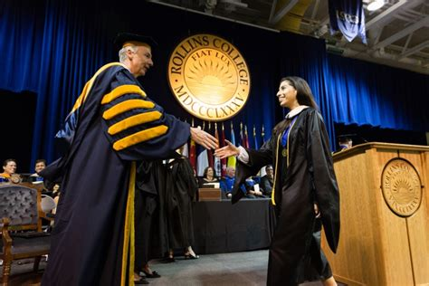 Of Washington Mba Regalia by Crummer Commencement 2016 College News Rollins College