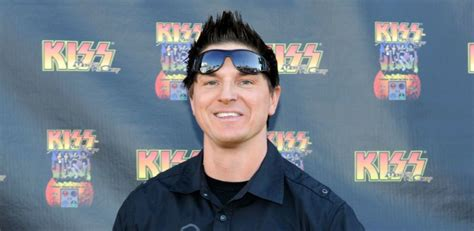 annabelle doll location ghost adventures leader zak bagans responds to criticism