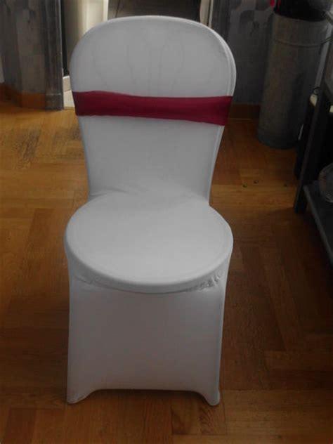 Location housse de chaise vases chandeliers / décoration de salle Occasion du Mariage