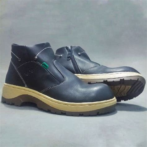 Sepatu Kickers Boots Pdl Pria Boot Safety Hitam jual sepatu boot safety pria kickers cek harga di pricearea