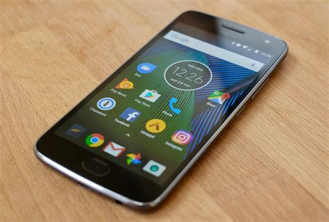 moto g5 plus review inexpensive doesn t to