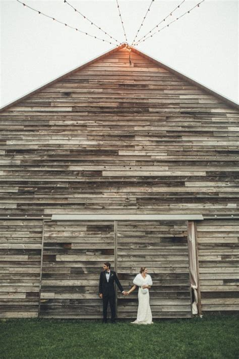 barn wedding new york glamorous upstate new york barn wedding at handsome hollow