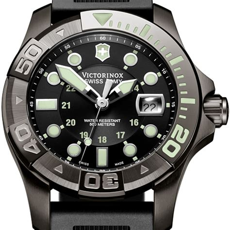 Swiss Army Rubber Black Black swiss army dive master 500 black rubber mens 241426