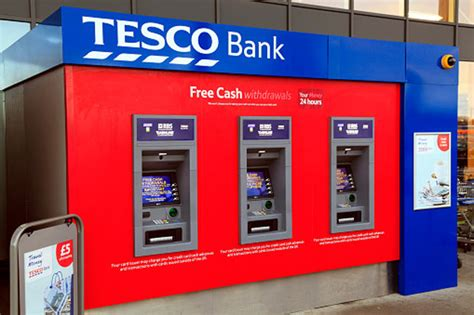 tesco bank locations tesco customers lose 163 1000s in banking hack daily