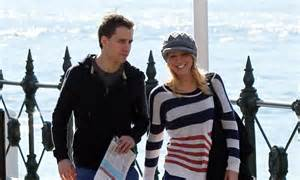 kristinas beau to dr phil i daily news carrie bickmore expecting child with chris walker the