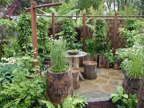 Ideas Small Gardens Small Garden Ideas On A Budget Write