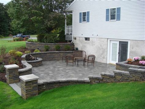 Walk Out Basements | walkout basement retaining wall retaining walls 42