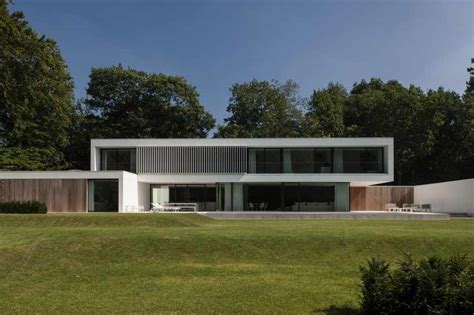 Pole Barn Home Designs Ideas 60 S Bungalow Completely Transformed Into Modern House In