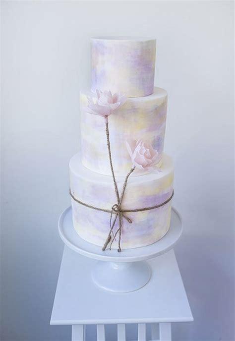 unique wedding cakes   love deer pearl flowers