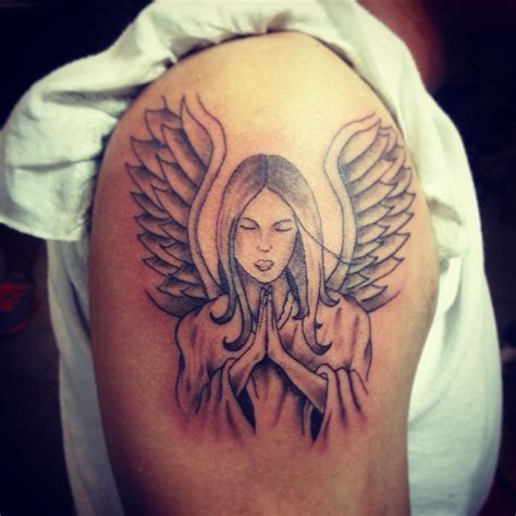 kneeling angel tattoo designs praying images designs