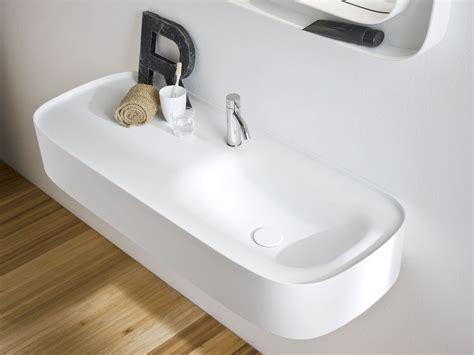 lavabi corian lavabo suspendido de corian 174 con encimera colecci 211 n fonte