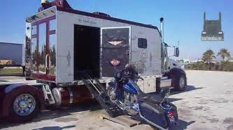 pics for gt custom semi truck sleeper interior