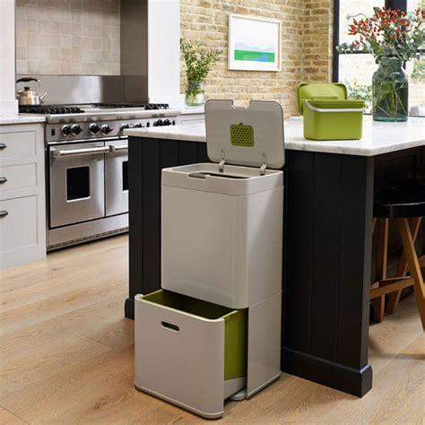 poubelle de cuisine design 25 best ideas about poubelle cuisine on etagere separation le pallet and image tu