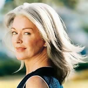 frisuren lange haare ab 50 das sind die 10 besten haarstyles f 252 r frauen ab 50 stylestate de page 8