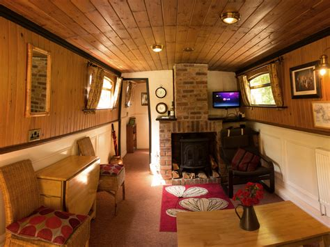 living on a boat address bath canal boat company canal boat holidays narrowboat