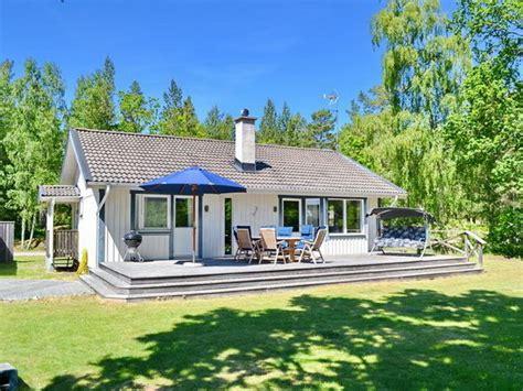 veranda vor dem haus ferienhaus quot villa dragsk 228 r quot sm 229 land firma schwedenhaus