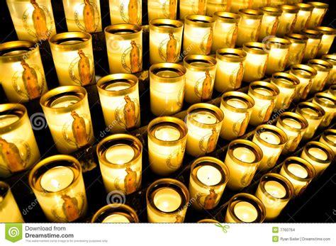 candele votive candele votive a notre dame fotografia stock immagine di