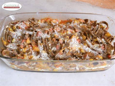 cucinare sugo pizzoccheri al forno con sugo vegetariano cucinare it