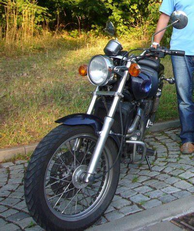 Leichtes Einsteigermotorrad by Fahrschule Hansmann