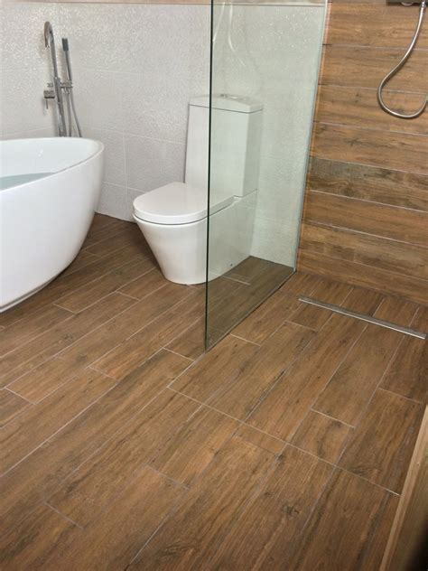 Bespoke Bathrooms: 100% Feedback, Bathroom Fitter, Tiler