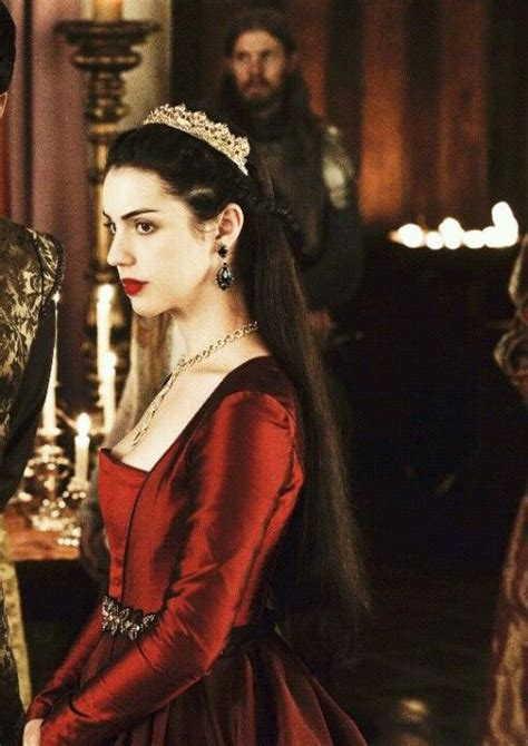 long may she reign adelaide kane inspired hair makeup mary queen of scots cw s reign reign heads will roll
