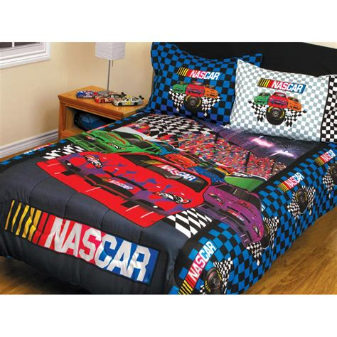 sports bedding full sports coverage 174 nascar twin full bed in a bag 218130