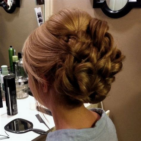elegant hairstyles bump wedding hairstyles with curls and bumps www imgkid com