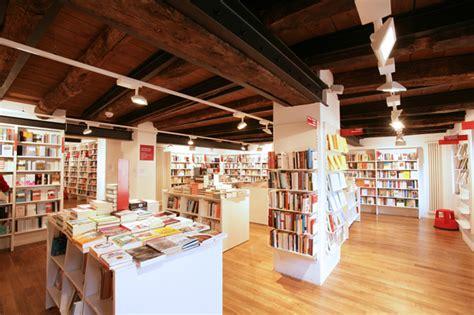 librerie a busto arsizio sixplus architetti 187 librerie ubik