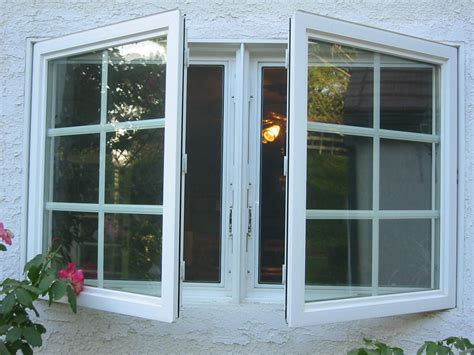 Milgard Awning Windows by Crown Moulding July 2005