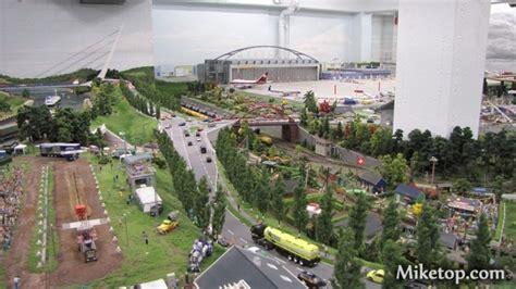 Motorrad Parkplatz Flughafen Hamburg by Miniatur Wunderland In Hamburg Flughafen Miketop