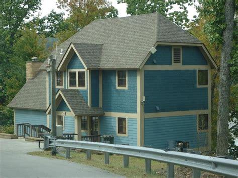 lakeside cabin picture of joe wheeler state park lodge
